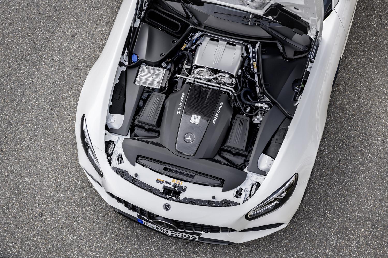 Mercedes-AMG renueva el GT AMG y lanza una edición limitada denominada GT R PRO